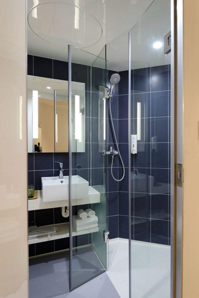fiberglass shower pan cleaner