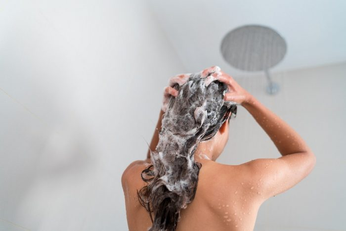 how to clean a rubber bath mat