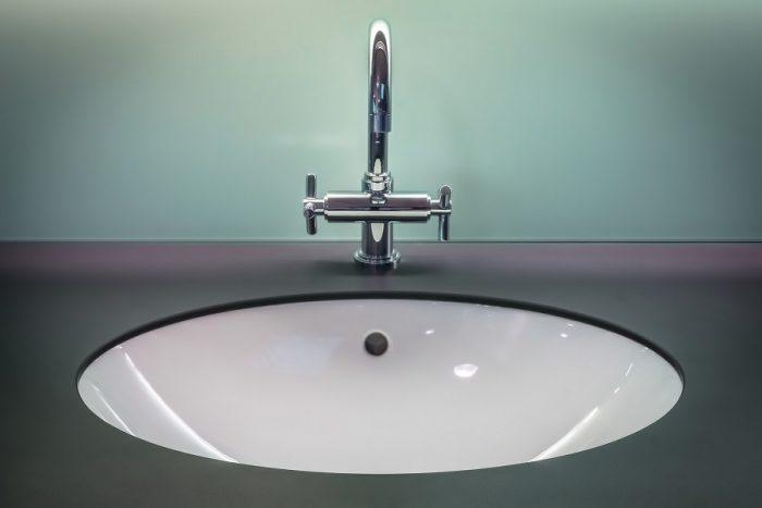 how to clean overflow drain in bathroom sink